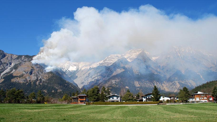 Waldbrand oberhalb von Absam